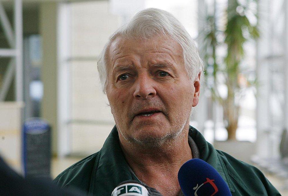 Oldřich Kukačka zažil požár jako svědek v protější budově.