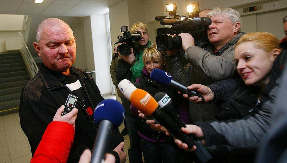 Tisková beseda ráno po požáru v českobudějovické nemocnici