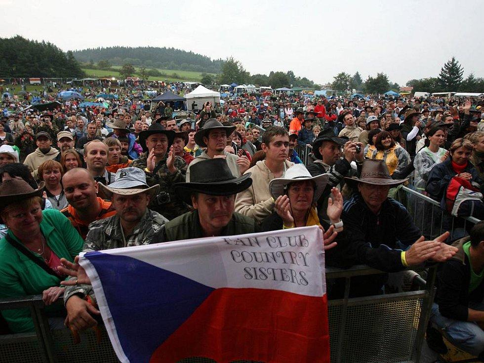 Stodola Michala Tučného 22. srpna v Hošticích u Volyně.