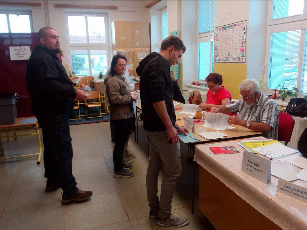 Volby v Rudolfově.