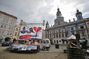 Na náměstí Přemysla Otakara II. v Českých Budějovicích se sešli lidé, kteří nesouhlasí s nástupem vlády Andreje Babiše.