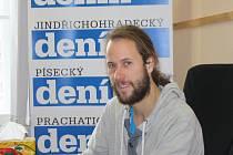 Michal Trpák odpovídá v naší redakci na dotazy čtenářů ON-LINE