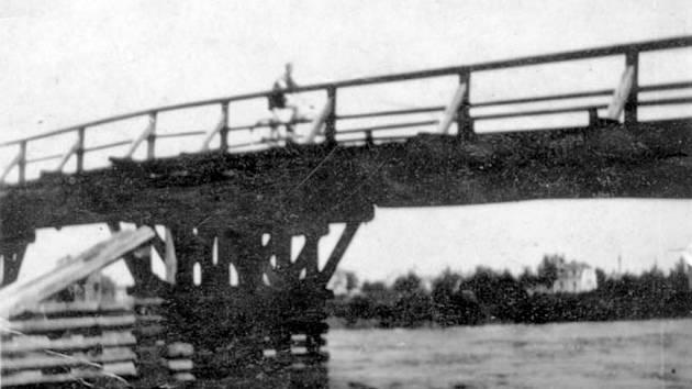 Původní most v Rožnově.