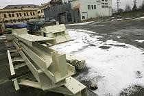 Rekonstrukci teplárny Mydlovary připravila společnost E.ON. Nové generátory budou sloužit nejen pro tepelné hospodářství, ale také pro výrobu elektrické energie.