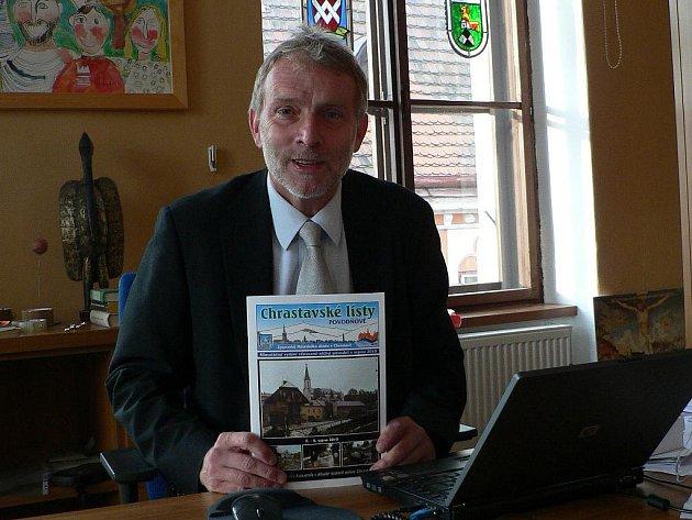 Senátor a hlubocký starosta Tomáš Jirsa nepomáhá jen v jižních Čechách. Sbírka z Hluboké nad Vltavou pomohla i v zatopené Chrastavě.