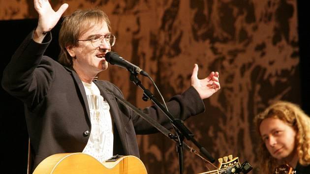 Jednou z hvězd Táborských setkání bude Miro Žbirka, zazpívá v pátek 14. září.