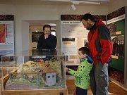 Sezonu v muzeu zahájila přehlídka veteránů.