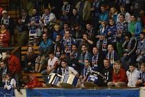 KOTEL. Tábor se může pochlubit největší podporou fanoušků v lize. Zápasy Kohoutů navštíví v průměru 1219 diváků na zápas. Na své fandy bude Tábor spoléhat také v play off.