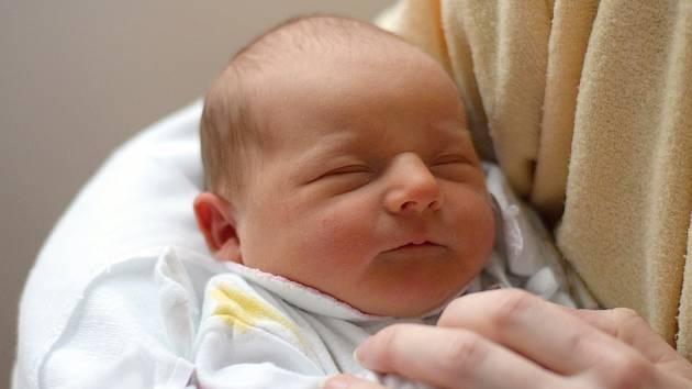 Silvestrovským miminkem je i Karolína Novotná z Březnice, dcera Evy Joštové a Lukáše Novotného narozená 31. 12. 2018 ve 20.56 h s váhou 3,74 kg.