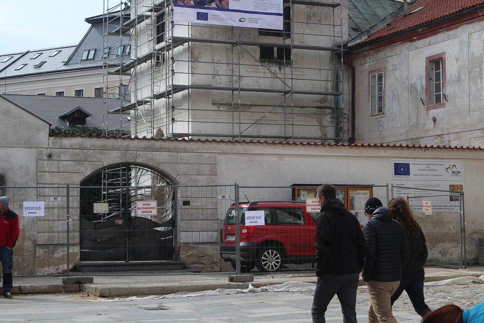 Rekonstrukce kláštera na Piaristickém náměstí v Českých Budějovicích.