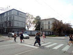 Žižkova kasárna v Českých Budějovicích v blízkosti vlakového a autobusového nádraží patří z velké části od roku 2014 městu.