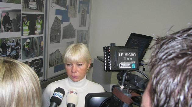Jihočeští policisté v neděli informovali o výsledcích vyšetřování brutální vraždy.. Na snímku kriminalistka Renata Burešová, vedoucí vyšetřovacího týmu.