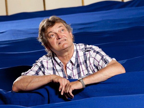 Herec Jan Dvořák (57) si 6.června 2014připomíná 36let vJihočeském divadle.