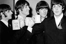 Skupina Beatles v roce 1966. Zleva Ringo Starr, John Lennon, George Harrison a Paul McCartney.