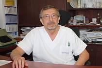 Primář Pavel Kopačka se v traumacentru českobudějovické nemocnice setkává denně s těžce zraněnými pacienty.
