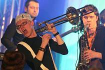 Krumlovská skupina Pub Animals oslavila 18. března pět let existence koncertem v pivovaře Eggenberg. Na snímku Štěpán Hebík.