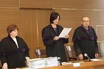 Rozsudek nad bývalým primátorem přečetla předsedkyně senátu Olga Smrčková.