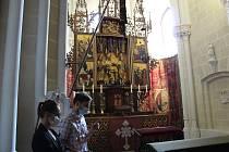 Evropský den kulturního dědictví nabídl nahlédnutí do zámecké kaple hlubockého zámku. Prohlídku komentoval kastelán Martin Slaba.