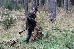 V honitbě v Přeštěnici u Milevska se 7.listopadu sešli lovci při naháňce na černou do 2 let a  škodnou.