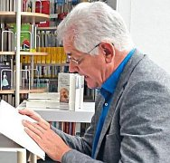 Bernhard Setzwein čte ze své knihy.