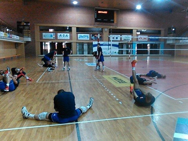 Volejbalová reprezentace ČR se připravuje v Českých Budějovicích na zápas s Íránem