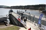 Otevření plavební komory na hněvkovické přehradě