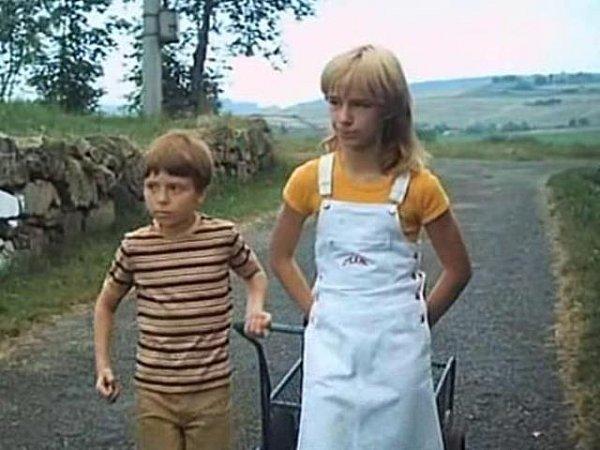 Milan Šimáček a Žaneta Fuchsová patřili kčasto obsazovaným dětským hercům.