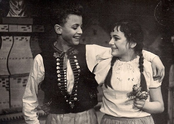 Vpohádce Kuba a loupežníci jí režisér svěřil roli Mařenky. Bylo jí tehdy 13let. Snímek pochází roku 1958.