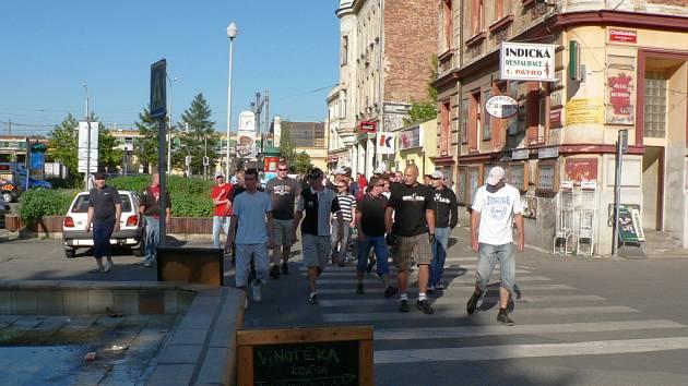 Středeční pochod pravicových radikálů Českými Budějovicemi.