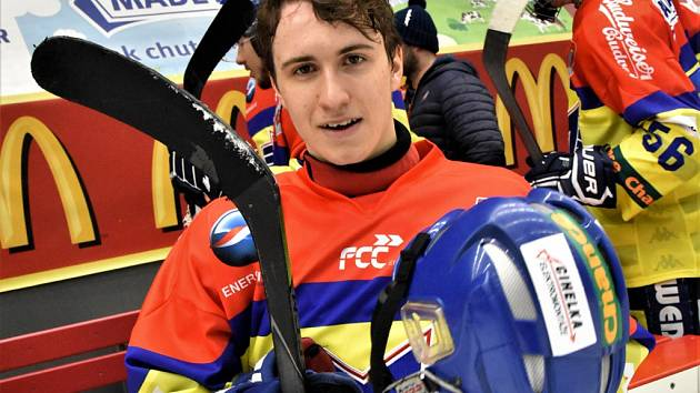 Václav Svach se stal v šestnácti a půl letech nejmladším obráncem, který nastoupil za první tým Motoru.