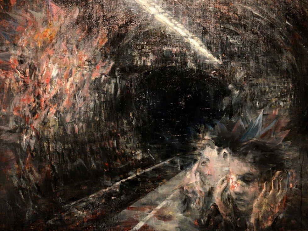Malíř Josef Bolf jde v krumlovském Egon Schiele Art Centru na dřeň emocí. Kreslí ponurost životů a samoty.