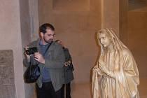 V katedrále sv. Mikuláše dokončují tento týden poslední úpravy, aby se návštěvníci nechali unést i krásou interiéru.