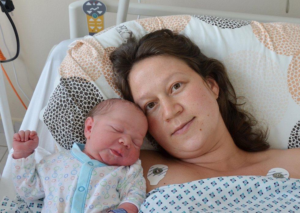 V Jistebnici bude poznávat svět Adam Maňák. Rodičům Veronice a Miroslavu Maňákovým se narodil 21. 7. 2021 v 8.51 h., vážil 3,70 kg.