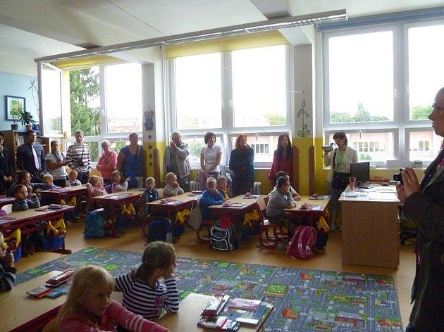 První školní den na ZŠ Grünwaldova.
