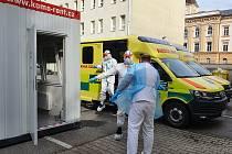 Po téměř každém výjezdu záchranky je nutné vozidlo sanity dezinfikovat.