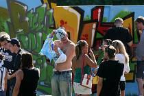 Festival Green Long Bridge u Dlouhého mostu v Českých Budějovicích patřil zejména mladé generaci.