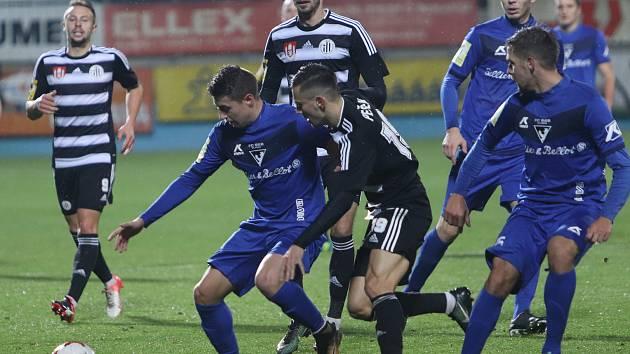 Dynamo doma nestačilo na Vlašim a prohrálo 0:2.