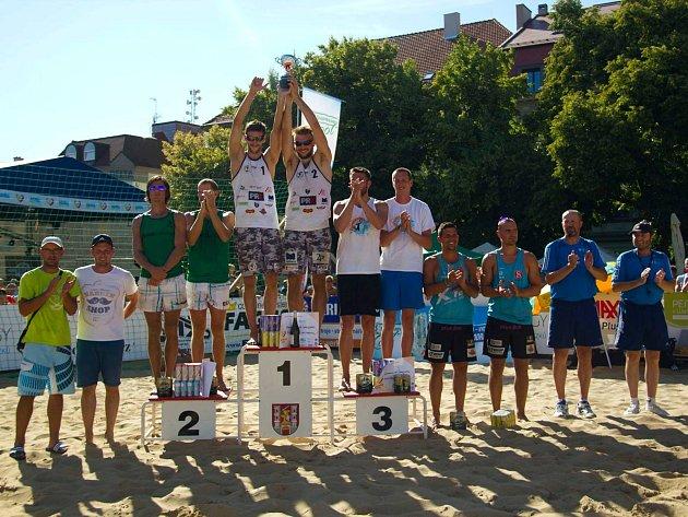 Filip Habr si zahrál beach s Hadravou  a s Moníkem