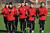 Fotbalisté prvoligového Dynama v pondělí absolvovali první výběh v novém roce.