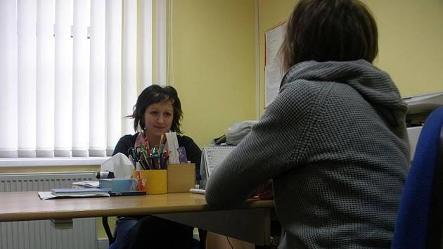 Sociální pracovnice pomáhají už v nových kancelářích.