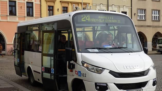 Od 1. listopadu začala jezdit linka 24 na náměstí Přemysla Otakara II.