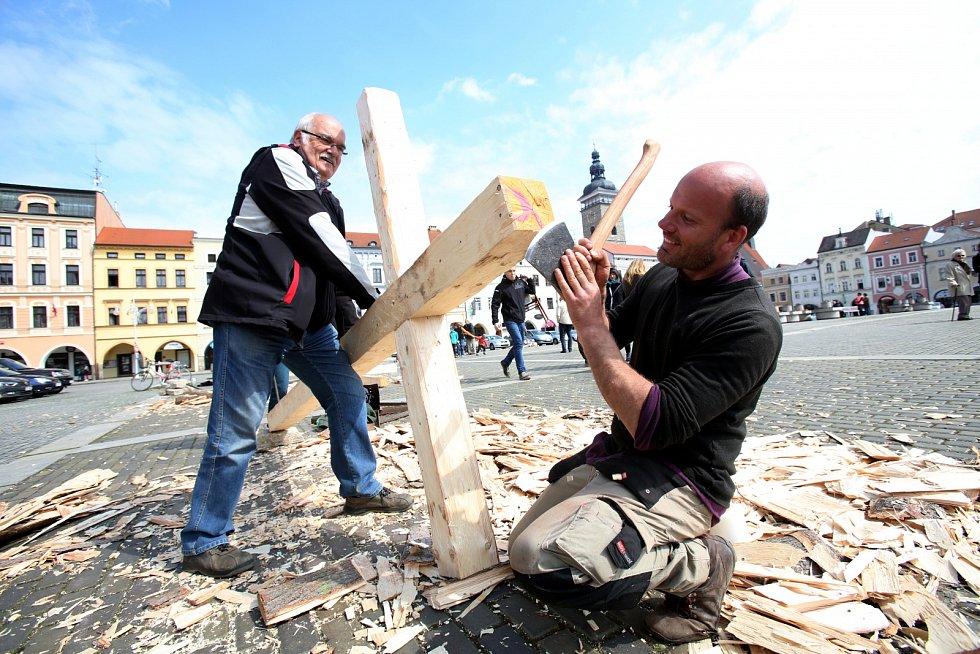 Velikonoční hrkání na náměstí Přemysla Otakara II.