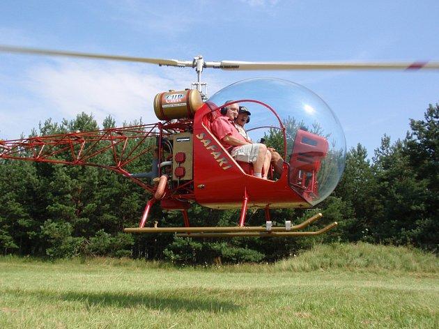 Tento vrtulník se zřítil u Českých Budějovic.
