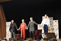Divadelní komedie rozesmála návštěvníky v Borovanech.