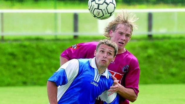Pavel Picka ve vzduš〜ném souboji předčil Bauera: mladíci Dynama byli v duelu s Chebem jasně lepší.