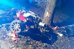 Tragická nehoda u Nových Hradů si vyžádala tři lidské životy.