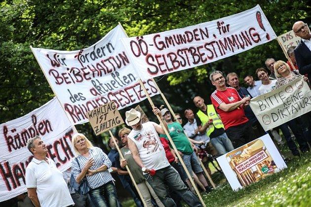 Protesty hospodských slábnou?
