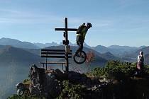 Vskutku netradiční přejezd Alp.