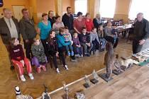 Žáci pištínské mateřské školy i jejich rodiče oslavili při sobotním programu Den Země.