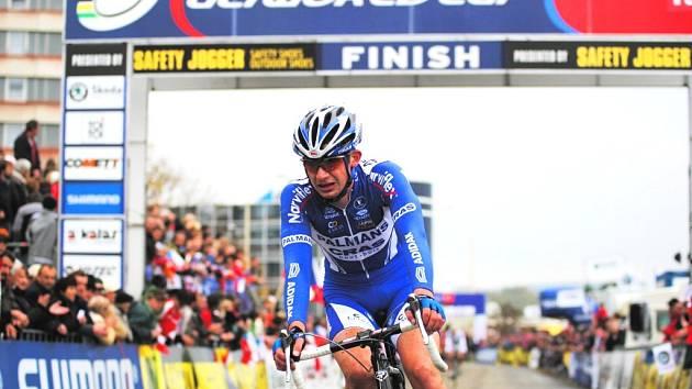 Šimůnek byl nejlepším českým reprezentantem v prvním závodu SP v belgickém Kalmhoutu. Na snímku je na táborské trati v loňském roce.